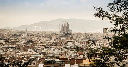 Barcelona_panorama-427997_640_520x272