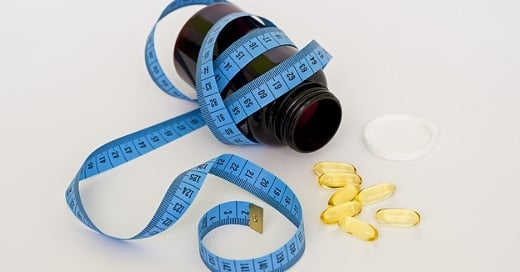 Obesity treatment with lorcaserin